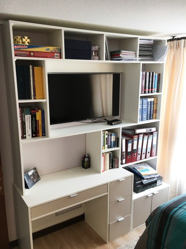Mueble TV / Biblioteca Las Condes - Cristobal Colon