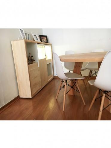 Mesa y Minibar